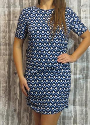 Прямое платье с узором размер 46-48