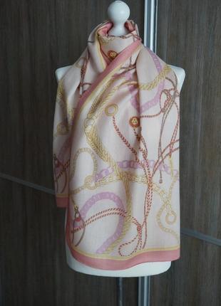 Anne klein красивый шарф.