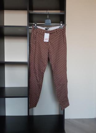 Новые брюки с узором h&m