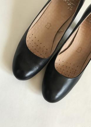 Caprice, кожаные туфли лодочки на устойчивом каблуке