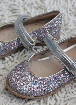 Туфли  с блестками next размер 6 на 23