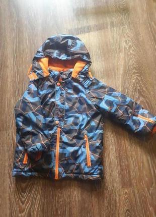 Детская осенняя куртка для мальчика 122см1 фото