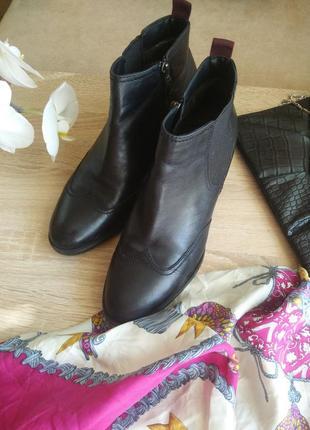 Ботинки  tamaris 39