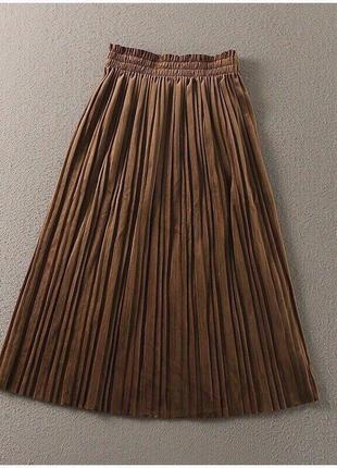 Велюровая коричневая юбка