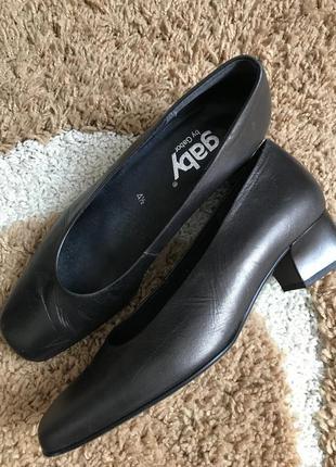 Замечательные кожаные туфли gabor весенняя скидка🌺!