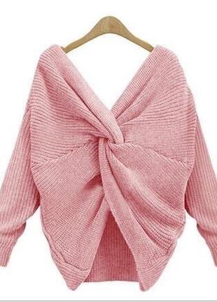Розовый свитер с переплетом