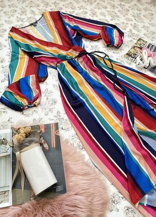 Яркое платье миди в полоску на запах под пояс2 фото