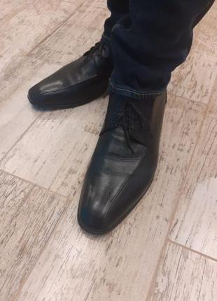 Кожаные туфли bugatti
