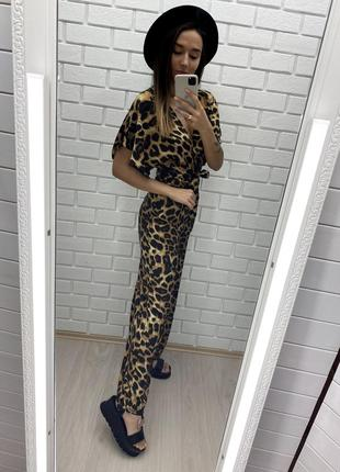 Леопардовый комбинезон новый