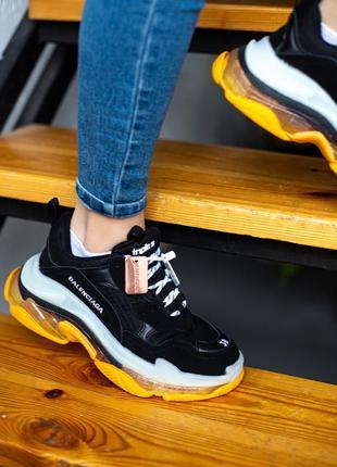 Классные женские кроссовки новинка