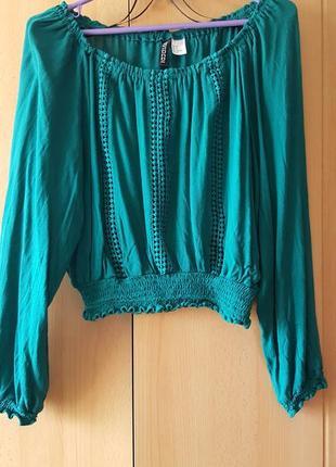 Качественная блуза красивого бирюзового цвета