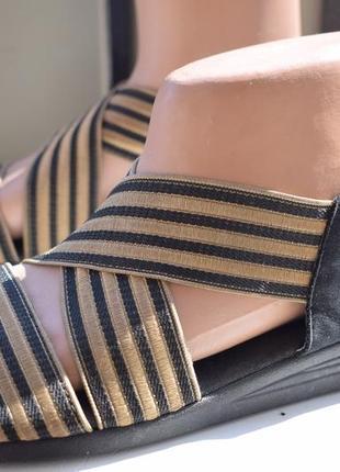 Кожаные босоножки сандали сандалии летние туфли хелвеско