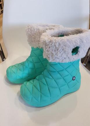 Резиновые сапоги crocs. размер c12 , 18 - 18,5 см