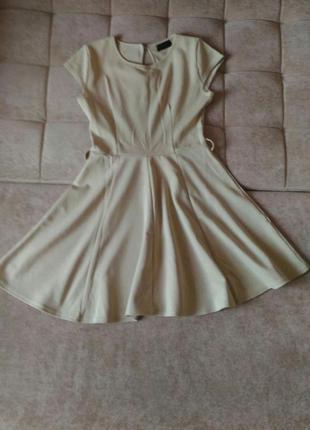 Платье бежевого, пудрового цвета, р.10-12