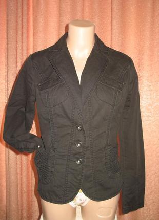 Тонкая легкая короткая куртка