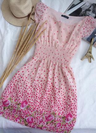 Нежное воздушное шифоновое платье с лепесточками