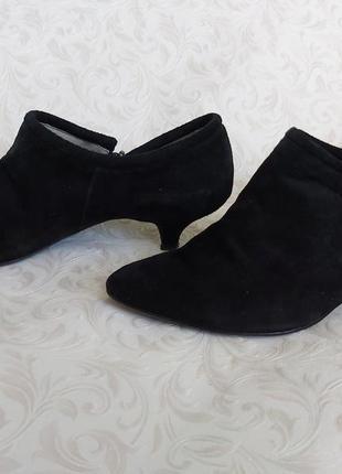 Замшевые туфли туфельки на кошачьем каблуке  р 40