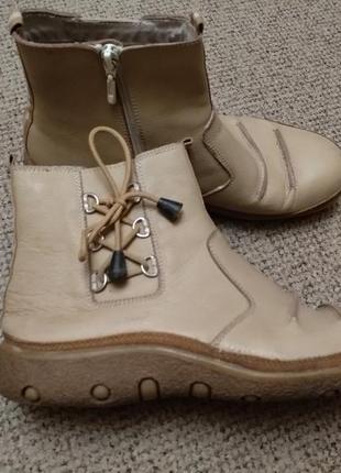 Ботинки черевички