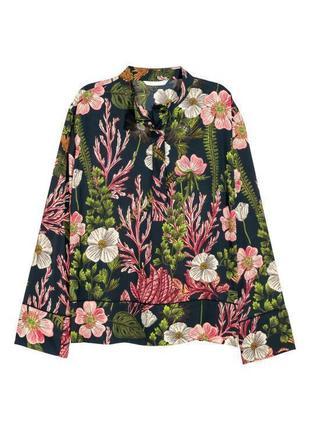 Блуза с цветочным принтом h&m (огромный выбор пиджаков)