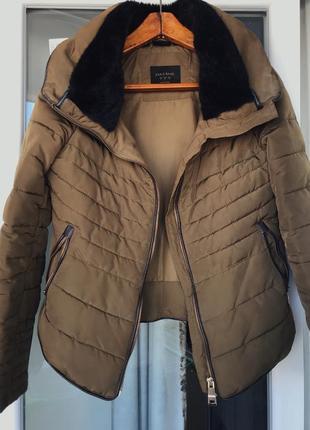 Куртка весна/осінь zara