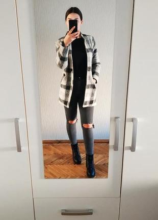 Пальто zebra