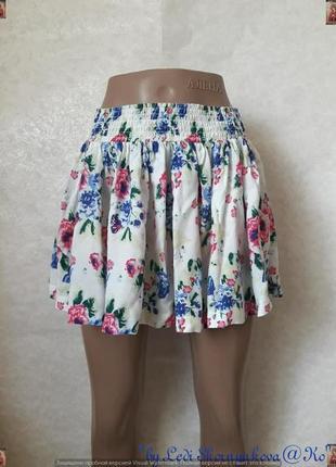Фирменная h&m яркая стильная лёгкая летня мини-юбка в цветочный принт, размер с-м