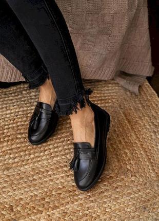Новые женские кожаные черные туфли лоферы