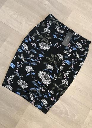 Замечательная юбка карандаш amisu с цветами, есть размеры