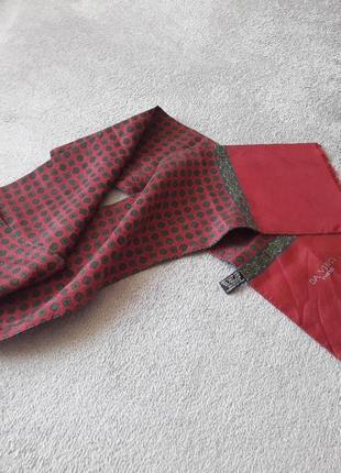 Бордовый шарф из шелка