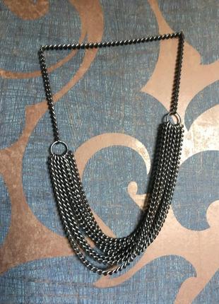 Многослойное ожерелье, колье   - цепочки. металлика.