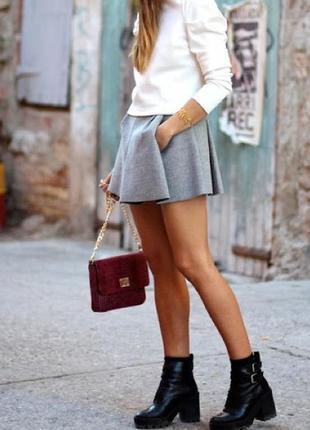 Серая юбка солнце со складками карманами необработанным низом zara шерсть короткая