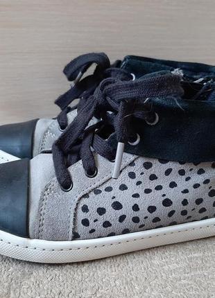 Кросовки ботинки clarks 19 см стелька