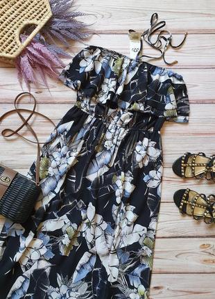 Красивое летнее длинное платье без бретелей с рюшей