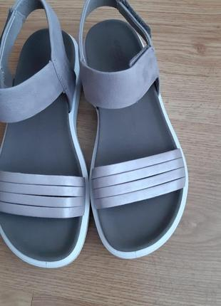 Босоножки сандали ecco flowt strap 37