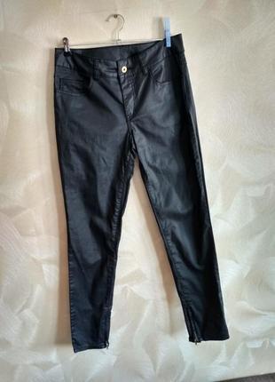 Идеальные базовые черные джинсы, штаны с пропиткой под кожу vila