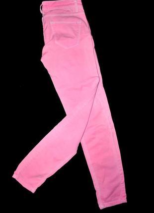Джинсы бренда stradivarius розовые нежные светлые летние s-m испания