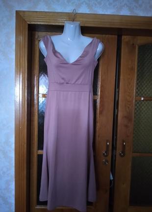 Платье нарядное новое м- л