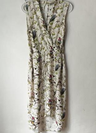 Очень красивое, нежное, женственное летнее миди-платье с эффектом запаха