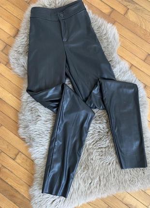 Кожаные штаны легенсы