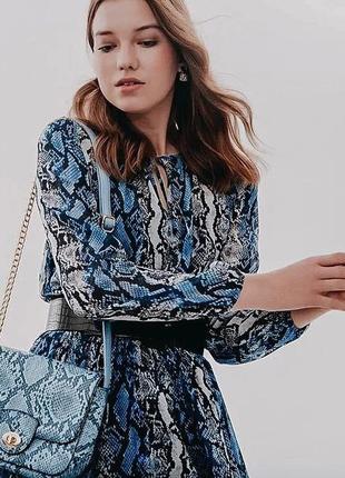 Платье шифон с анималистичным принтом, цвет голубой