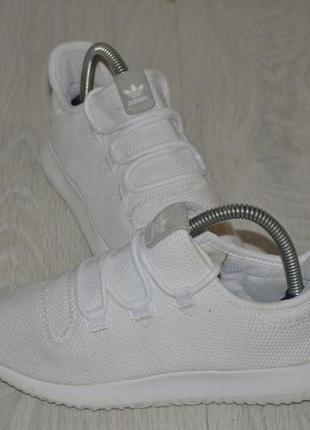 Продам кроссовки  adidas tubular.