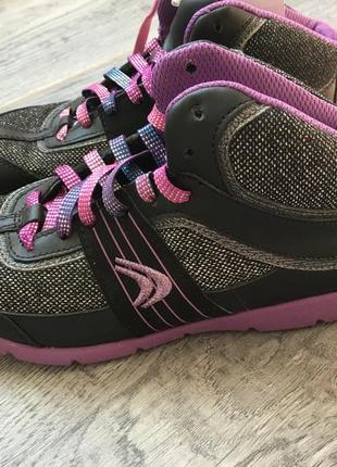 Деми ботинки, кеды clarks