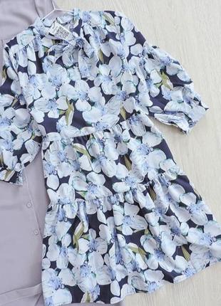 Цветочный платья
