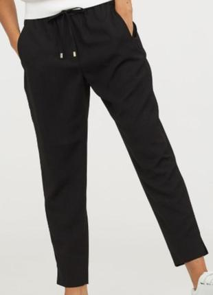Легкие брюки на резинке h&m  р  38