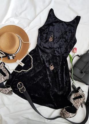 Трендова базова  велюрова сукня