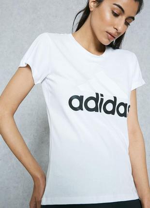 Футболка свежие коллекции  adidas ® essentials linear