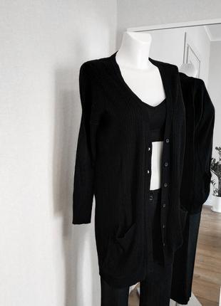 Черный кардиган кофта на пуговицах удлинённая в рубчик