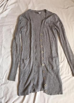 Удлиненний светр