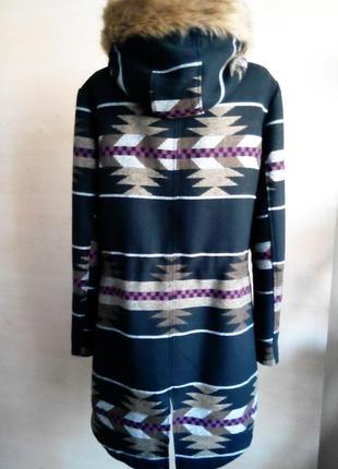 Стильное пальто в этно-стиле.