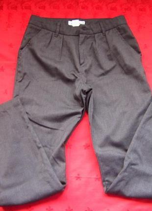 Фирменные женские штаны,отличное состояние